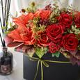 秋アレンジメント〜赤いバラに魅せられての画像2