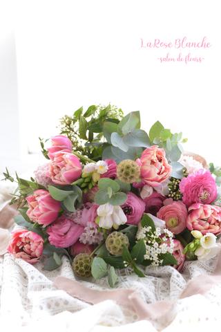可愛いピンクの香りのブーケ