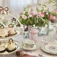 マリーアントワネットの世界 優雅なアフタヌーンティーテーブルの画像5
