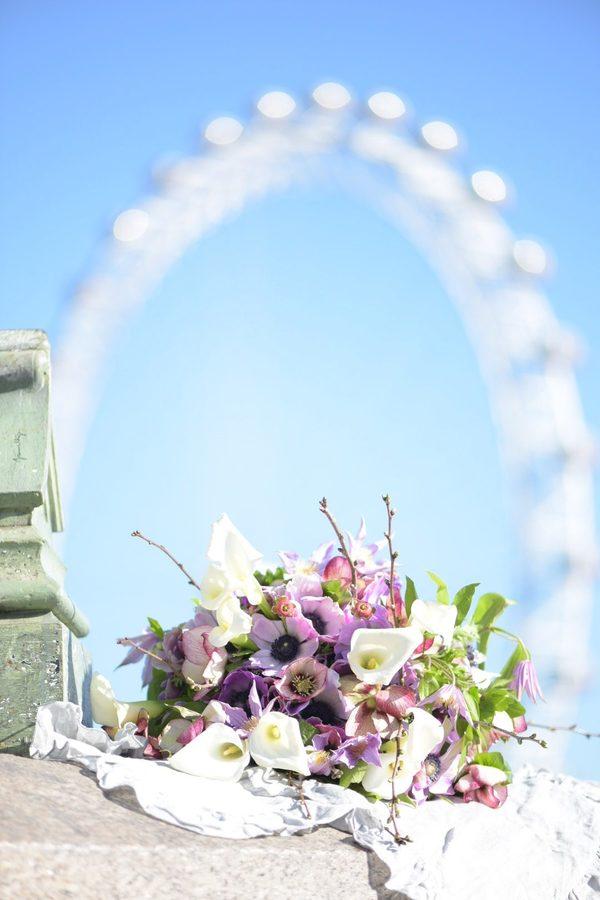 London Eye Blue Sky ロンドン・アイを背景に☆