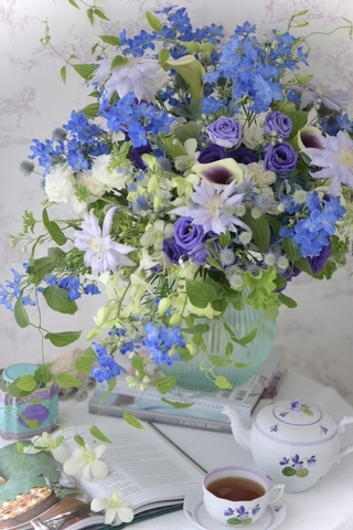 涼やかな夏のブルー&パープルブーケ