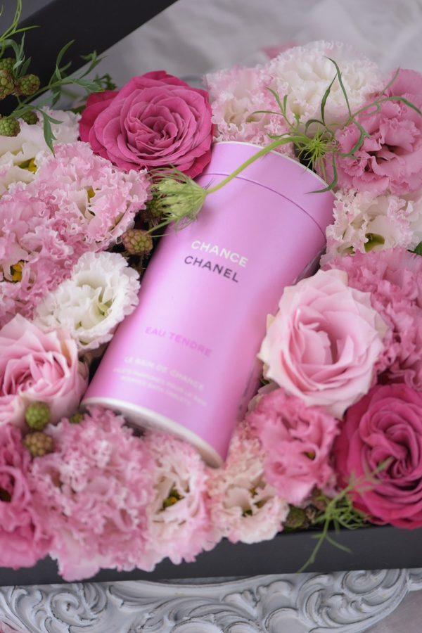 CHANEL CHANCE の香り&フラワーボックス