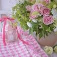 エレガントドレスと言う名のピンクの薔薇のブーケ&リントンツイードスカートの画像1